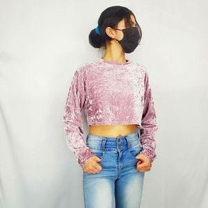 ✦Forever 21 Long Sleeve Crop Top Size M✦